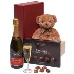 View a larger, more detailed picture of the  Bubbles Wine & Chocolates Hamper